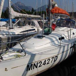 Beneteau Oceanis Clipper 331 | Anton