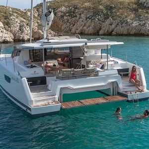 Fountaine Pajot Astrea 42 | Idle Time
