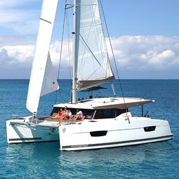 Fountaine Pajot Lucia 40 | Dare Greatly