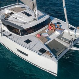 Fountaine Pajot Astrea 42 | Chinook