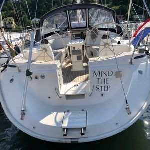 Bavaria 44 | Mind the step