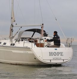 Bavaria Cruiser 32 | Hope
