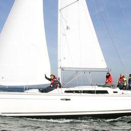 Beneteau Oceanis 37 | Hornet
