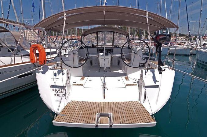Jeanneau Sun Odyssey 469 | South Kiss