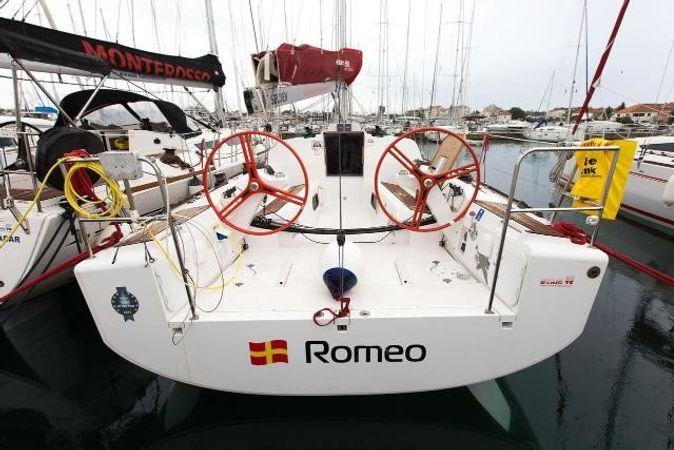 Elan 350 | Romeo
