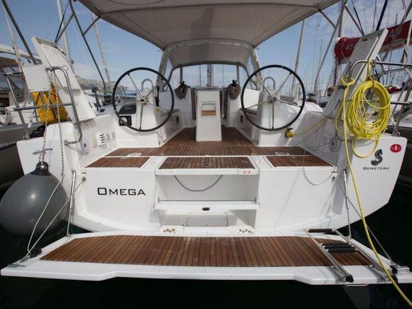 Beneteau Oceanis 38 | Omega