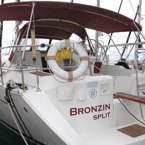 Beneteau Oceanis Clipper 393 | Bronzin
