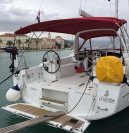 Beneteau Oceanis 38 | Rusalka