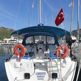 Beneteau Oceanis Clipper 373 | Liberte