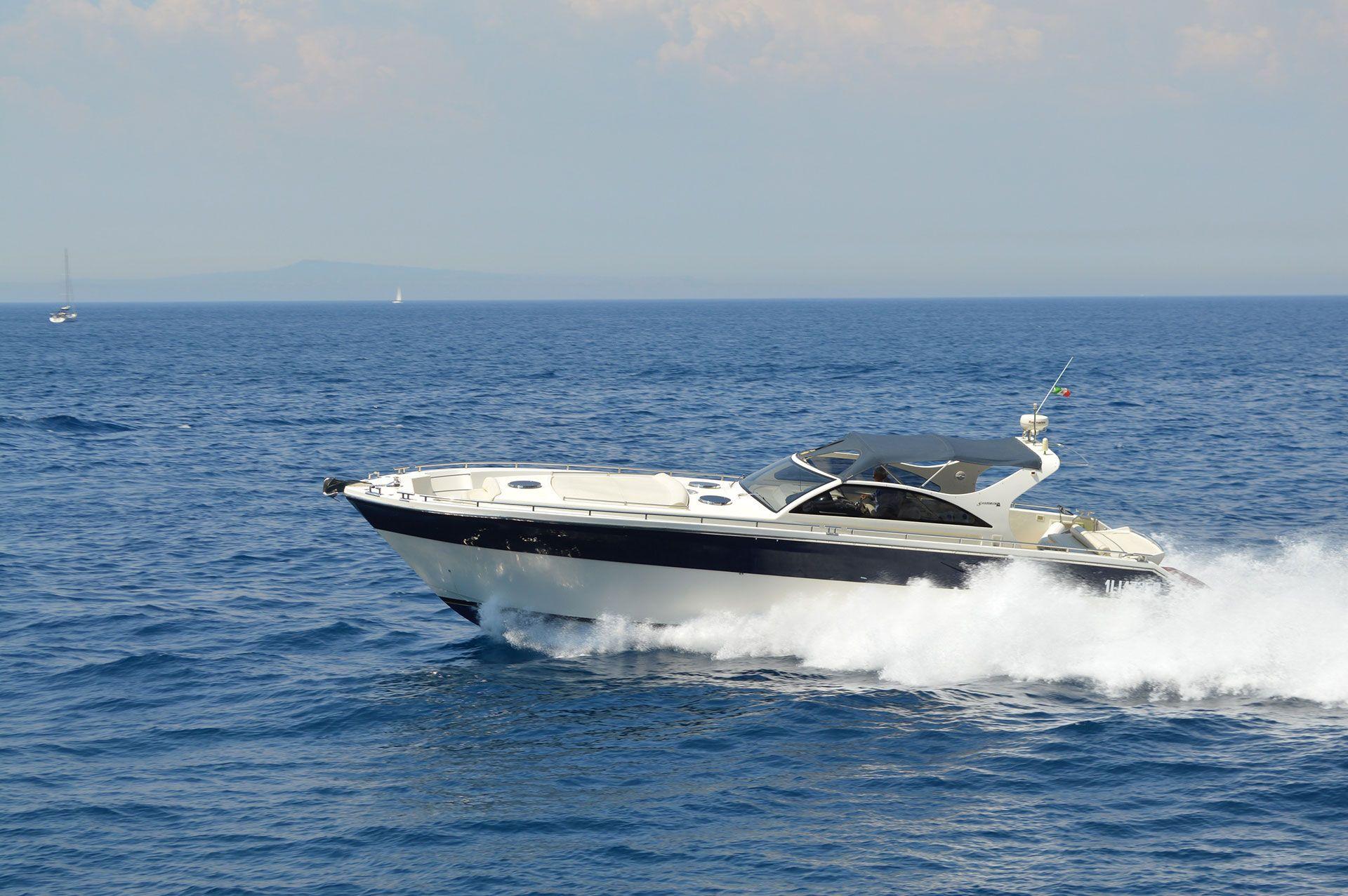 Santorini 48 (2010)