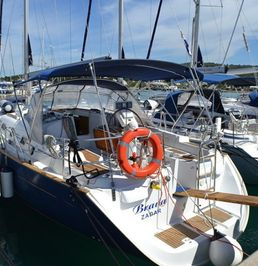Beneteau Oceanis Clipper 423   Brava