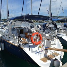 Beneteau Oceanis Clipper 423 | Brava