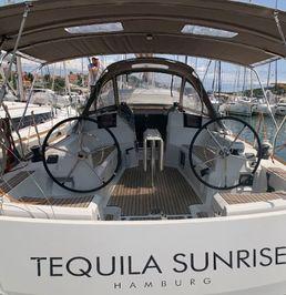Jeanneau Sun Odyssey 389 | Tequila Sunrise