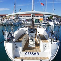 Bavaria C32 | Cessar