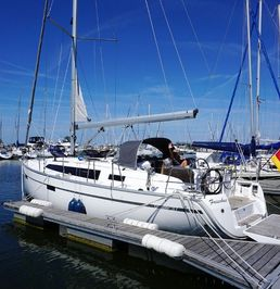 Bavaria Cruiser 37 | Faischee