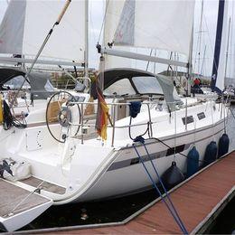 Bavaria Cruiser 32 | Waka Waka