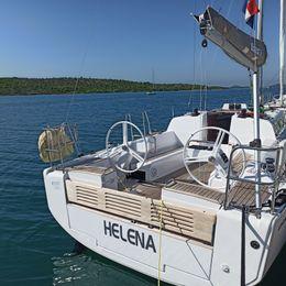 Elan E4 | Helena