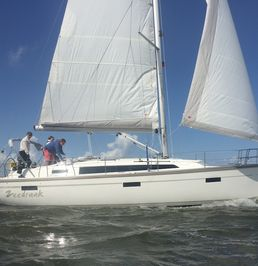 Bavaria Cruiser 37 | Zeedraak