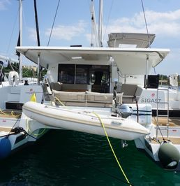 Fountaine Pajot Lucia 40 | Sigast