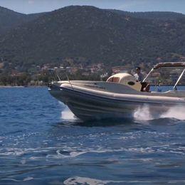 Mostro Dolce Vita 8.6 | Poseidon