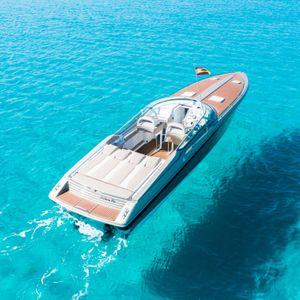 Formula Boats 382 | Follow me