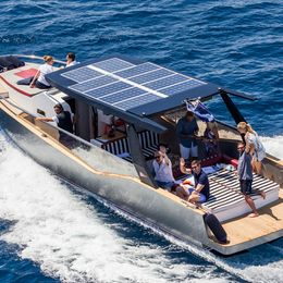 Cantiere Savona 33 | Luxi
