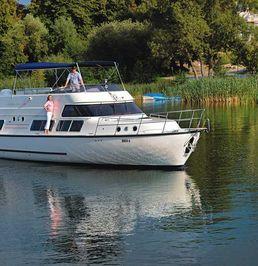 Europa 700   Locaboat 08