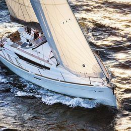 Jeanneau Sun Odyssey 389 | Aloha