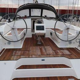Bavaria Cruiser 46 | Ocean Breeze