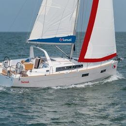 Beneteau Oceanis 38 | Sunsail 19