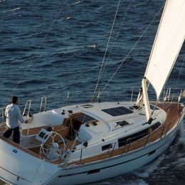 Bavaria 37 Cruiser | Blue Marlin