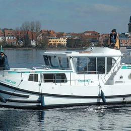 Pénichette 1020   Locaboat 00