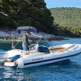 RIS Marine Exclusive 650   Roby 1