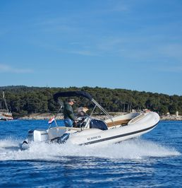 RIS Marine Exclusive 650 | Roby 4