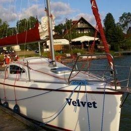 Antila 24 | Velvet