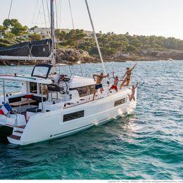 Lagoon 40 | Sail Castor