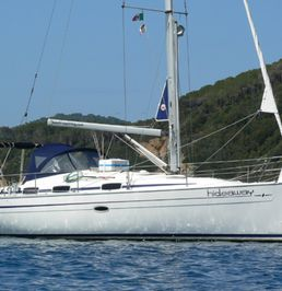 Bavaria 37.2 Cruiser   Hideaway