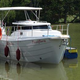 Laguna 700 | Passiflora