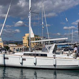 Beneteau Oceanis 38.1 | Cala