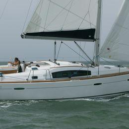 Beneteau Oceanis 40 | Amadeus