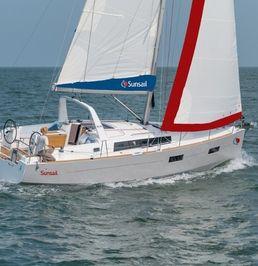 Beneteau Oceanis 38   Sunsail 17