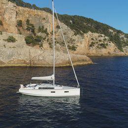 Beneteau Oceanis 38.1 | The Boss 2