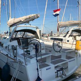 Beneteau Oceanis 38 | Maro