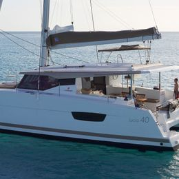 Fountaine Pajot Lucia 40 | Entanglement DB