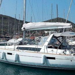 Beneteau Oceanis 45 | Marina