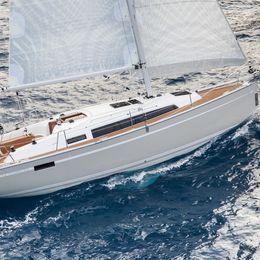 Bavaria Cruiser 33   Mola 15