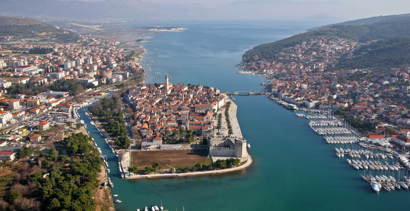 Trogir center pier