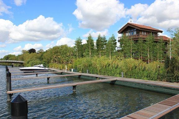 Hampton Riviera Marina & Boatyard